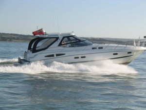 Motor Yacht 01